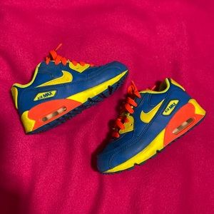 Boys Air Max sneakers size 12
